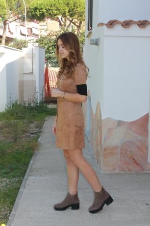Kiabi: suede e beige per il look di ottobre
