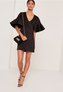 10 different ways to style your little black dress / 10 modi di abbinare il tuo vestito nero